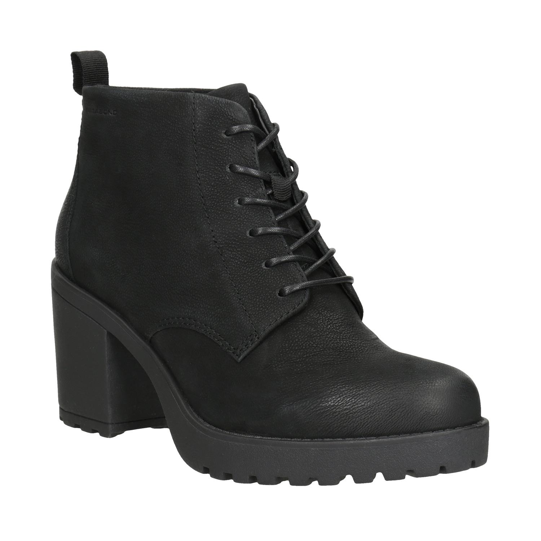 Kotníčková dámská obuv na podpatku
