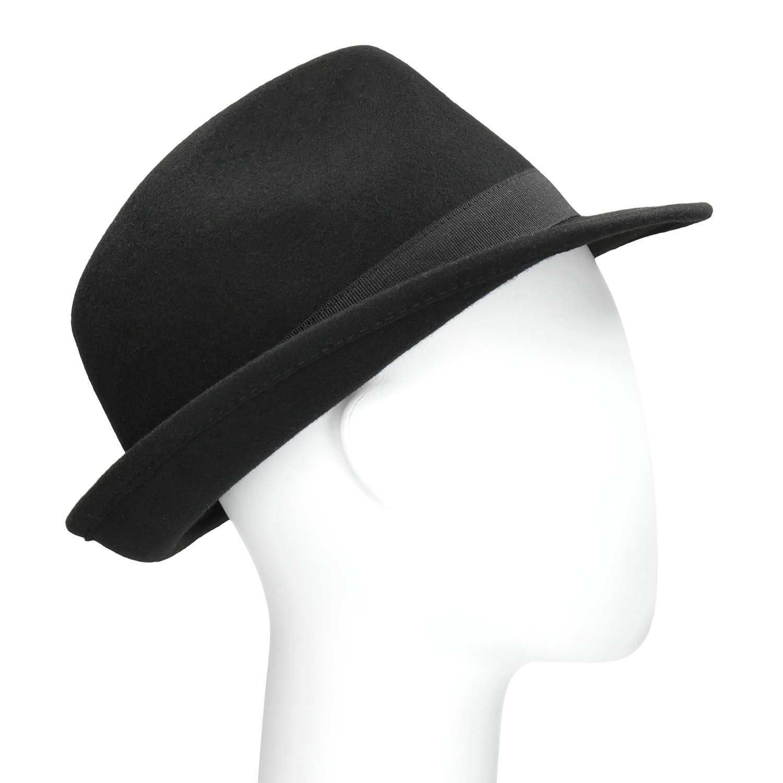 Cerny klobouk se sitovinou - Cochces.cz 225dfab327