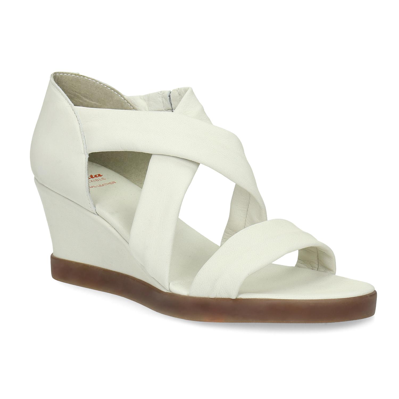 Bílé kožené sandály na klínku s pružením