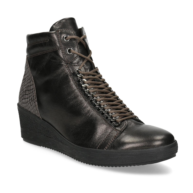 Kožená kotníčková obuv na klínku b7e82ba401
