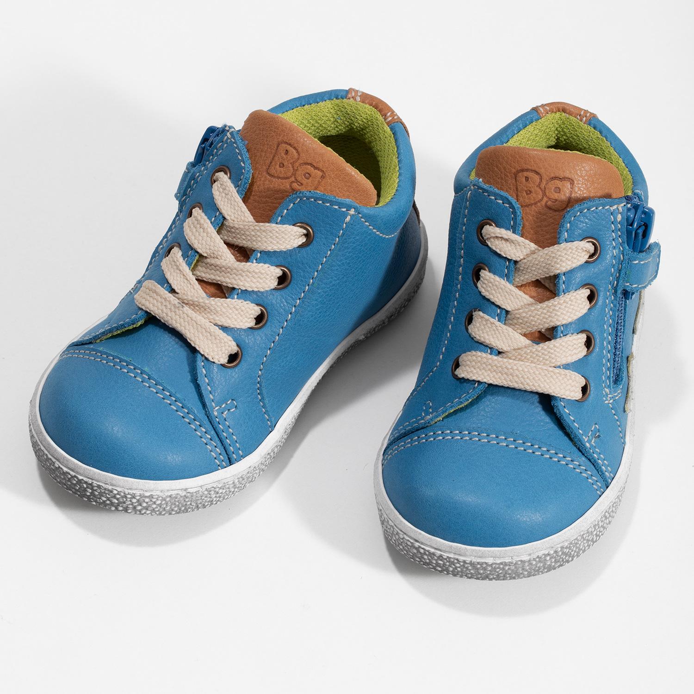 Kotníčkové modré kožené dětské tenisky