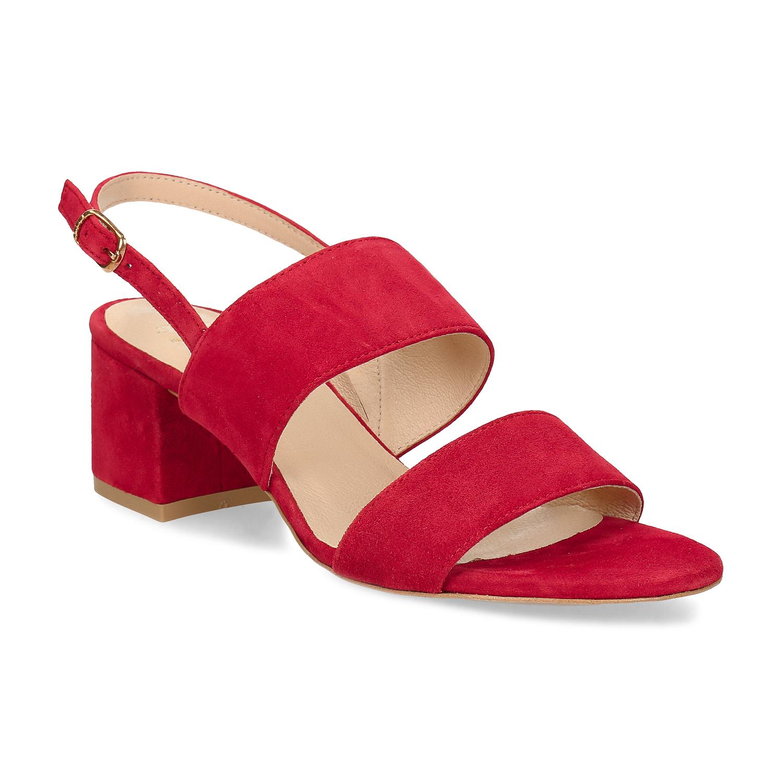 Červené sandále na podpätku