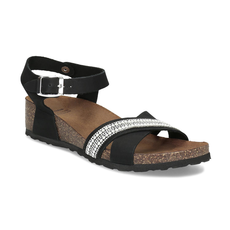 Čierne kožené sandále s perličkami